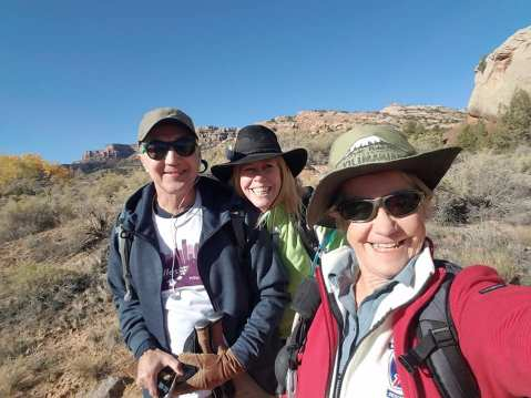 Michael, Linda and Janice selfie on the trail